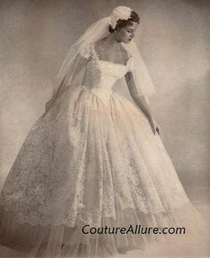 So vintage but I love this classic style.  I want I want I want!!!