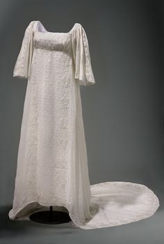 Gown with train (image 1) | Germany | early 19th century | Indian gauze cotton | National Museum of Warsaw | Belonged to Queen Louise of Prussia