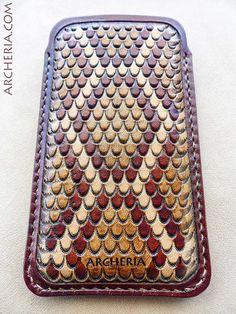 Кожен калъф за айфон/ Punzierte Leder Iphone 5 Hülle Klapperschlange von ARCHERIA auf Etsy