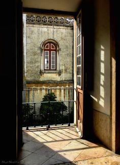 Ventana en los Jerónimos. Lisboa, Portugal.