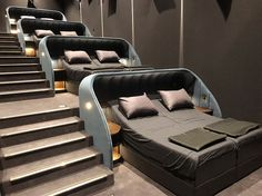 Cinema Hall that Replaces Normal Seats with Double Beds - Different . Cinema Hall that Replaces Normal Seats with Double Beds. Home Theater Room Design, Movie Theater Rooms, Home Cinema Room, Loft Interior, Interior Design, Bed Cinema, Cinema Theater, Cinema Seats, Bedroom Screens