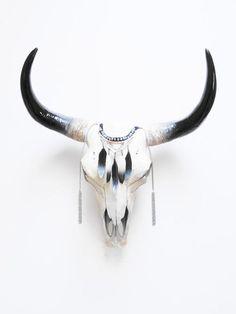 Crâne, crâne de vache, Animal Skull, crâne de vache, Buffalo Skull, taxidermie, crânes, peint crâne, crânes Animal, vache crâne Australie, décor à la maison Bull Skull Tattoos, Bull Skulls, Deer Skulls, Skull Mask, Skull Head, Ale Horn, Painted Animal Skulls, Cow Skull Decor, Native American Decor