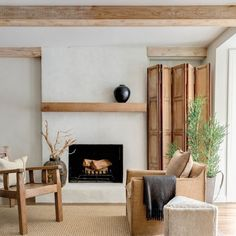 Cozy fireplace design inspiration at its finest. My roundup of eight different fireplaces that have caught my eye as of late. Living Room Designs, Living Room Decor, Living Spaces, Cozy Fireplace, Fireplace Design, Simple Fireplace, Mantel Styling, Minimal Home, Architectural Digest