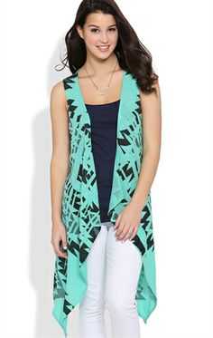 Sleeveless Cozy with Aztec Pattern