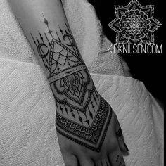 ➕BLACKWORKERS➕ @blackworkers Tattoo by @kirkni...Instagram photo | Websta (Webstagram)