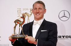 Two of the cutest things in the world:Bambi & Basti #respect #BastianSchweinsteiger #schweinsteiger