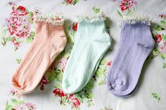 topshop frilly socks will look adorbs and make your converse high tops and combat boots 10000000000000000000000000000000000x more cute!!