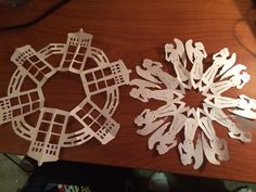 This Whovian who is creating the perfect winter wonderland.