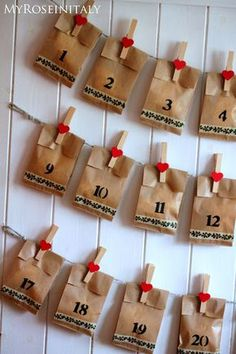Valentine advent calendar idea - cute for the kids! Christmas Countdown, Christmas Calendar, Easy Christmas Crafts, Christmas 2017, Simple Christmas, All Things Christmas, Christmas Holidays, Christmas Decorations, Homemade Advent Calendars