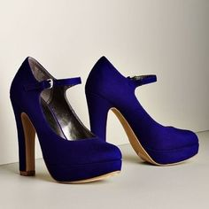 Elle Blue Pumps