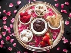 Chocolate Fondue (Without a Fondue Pot)