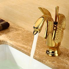 NEW Swan Style Golden Polished Bathroom Basin Sink Mixer Tap Faucet 9810 Basin Sink Bathroom, Brass Bathroom, Brass Faucet, Faucet Handles, Modern Home Bar Designs, Royal Bathroom, Pull Out Faucet, Sink Mixer Taps, Art Deco