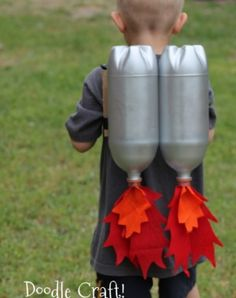 Hilarious! DIY Kids Jetpack – Doodlecraft