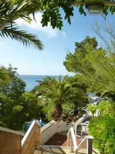"""Giardini Termali di """"Miramare Sea Resort & Spa"""" (Hotel), Sant'Angelo, Isola Ischia Italia (Maggio)"""