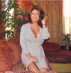 amissville cougar women Cougars, mature women & sexy moms 49k likes send pictures to cougarsmaturewomensexymoms@hotmailcom if you want them posted pictures of women.