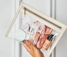 Clutch Mini, Clutch Purse, Transparent Clutch, Glossy Makeup, Travel Toiletries, Travel Toiletry Bag, Beauty Essentials, Travel Essentials, Makeup Products