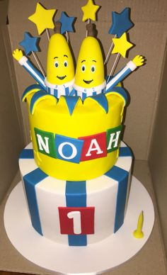 Bananas in Pyjamas theme birthday cake - Cake Decorating - first birthday cake-Erster Geburtstagskuchen First Birthday Themes, 1st Birthday Cakes, Boy Birthday, First Birthdays, Birthday Ideas, Bananas And Pajamas, Banana In Pyjamas, Banana Party, Pajama Birthday Parties