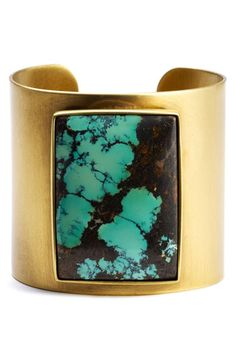 Kelly Wearstler Brass Turquoise Cuff ill take as it is, I guess if I were to do turquoise this would be a modern way to do it.loue the ancient aspect enclosed in utter modernity, just a sharp wide gold bracelet simple tuck it in there. Pierre Turquoise, Turquoise Cuff, Turquoise Jewelry, Silver Jewelry, Cuff Jewelry, Jewelry Accessories, Fashion Accessories, Jewelry Design, Fashion Jewelry