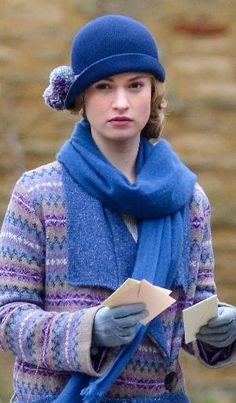 downton abbey seaon 4 - Knit Sweater, Knit Cloche hat, scarf, gloves by…