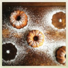 Gesine Confectionary Vanilla Tea Cakes...a long awaited recipe