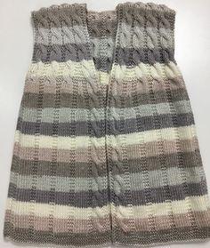 35 Easy Women's Vest Knitting Models That Anyone Can Do Baby Knitting Patterns, Knitting Designs, Filet Crochet, Knit Crochet, Crochet Dress Outfits, Knit Vest Pattern, Knitting Videos, Easy Knitting, Baby Sweaters