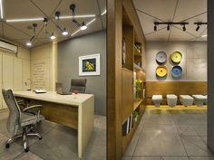 18 Ideas For Bath Room Modern Design Cabin Showroom Interior Design, Interior Design Gallery, Tile Showroom, Modern Interior Design, Office Cabin Design, Small Office Design, Office Designs, Best Car Interior, Spa Interior