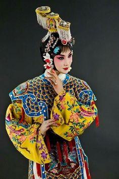 Chinese Culture, Japanese Culture, Chinese Opera Mask, China, Lion Dragon, Dragon Dance, Cosplay, Irezumi, Girl Dancing