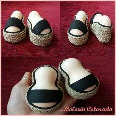 Sandalias de esparto de tacón para fofuchas.