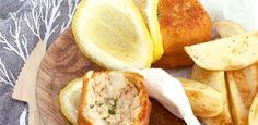 Perfect with potato wedges and salad. Salad Places, Easy Weekday Meals, Potato Wedges, Budget Meals, Weeknight Meals, Seafood Recipes, Balls, Salmon, Fish