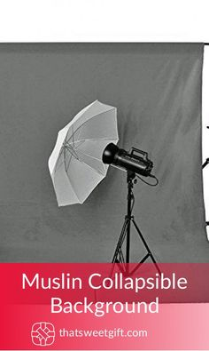 A great gift idea for any photographer. Portable and easy to carry, this muslin background is ideal for any professional photography session.