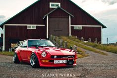 datsun-240z-shakotan  by Stance Works