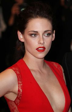 Stars Hit the Red Carpet for 'Cosmopolis' at Cannes