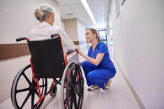 Rollstuhl mit Selbstantrieb für Senioren