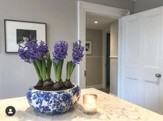 Cobham House Colors, Elegant Kitchen Design, Kitchen Inspiration Design, French Country Living Room, Home Living Room, Open Plan Kitchen Living Room, House Flooring, Beautiful Houses Interior, Cottage Style Homes