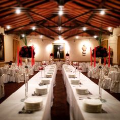 Gala Dinner - I love the red candles and the long central buffet table | www.villalalimonaia.it