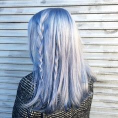 -Silver-hair-with-pastel-blue-color-adding-blue-and-side-braids-make-this-color-look-more-cute-