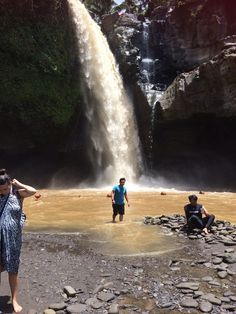 I felt the need to reconnect to my spiritual side and be surrounded by a picturesque backdrop.My friend Ramila and I went to Bali w Fifty Birthday, Niagara Falls, Bali, Things To Do, Waterfall, Nature, Travel, Things To Make, Naturaleza