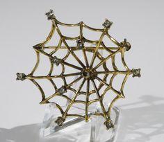 Jeanne © Signed rare vintage Pin Brooch goldtone spider web clear rhinestone