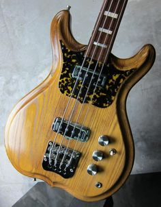 Anderson H. Fretless NaturalThis is the Real Japan Vintage! Bass Guitars, Electric Guitars, Heavy Metal Guitar, Vintage Bass, Music Machine, Guitar Art, Guitar Pedals, Custom Guitars, Guitar Design