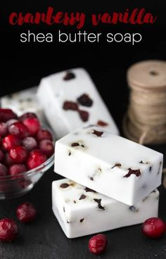 Cranberry Vanilla Shea Butter Soap - Make your own DIY soap perfect for holiday gift giving. Make your own DIY soap perfect for holiday gift giving. This Cranberry Vanilla Shea Butter Soap smells amazing and looks impressive too. Soap Making Recipes, Homemade Soap Recipes, Homemade Gifts, Homemade Paint, Diy Cosmetic, Diy Savon, Diy Tumblr, Shea Butter Soap, Honey Soap