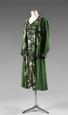 Gabrielle 'Coco' Chanel - 'Tea Ensemble' in printed silk; 1928.