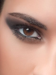 brown eyes...want to learn how to do this make up on myself!