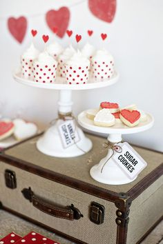 Cake stands are perfect for Valentine's day cupcakes & cookies.