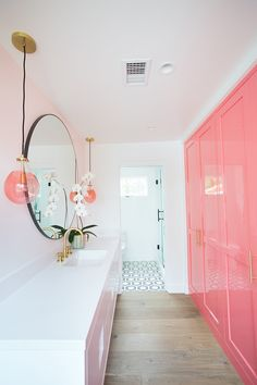 Pink Pow(d)er Room - Tracy Glover Studio - Official Website Dream Home Design, House Design, Preppy Bedroom, Rich Girl Bedroom, Teen Bedroom, Aesthetic Rooms, Pink Aesthetic, Dream Rooms, My New Room