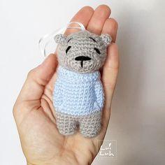 """I have finished """"cool LuiLuh mini""""  his pattern will be available soon  . . . #amigurumis #amigurumi #crochet #handmade #teddybear #häkeln #luiluhhandmade #bär #teddy #bear #crochetanimal #crochetpattern #amigurumipattern #etsyseller #etsy #etsyshop #etsystore #hakle #miniature #mini #bagcharm #schlüsselanhänger #yarnlove #yarn #wool #kawaii #luipold #coolluipold #crochetgirlgang #sctreblemaker"""