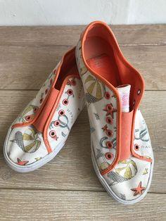 Details about Coach Bev Women s 10B Slip On Elastic Sneakers Shoes Canvas  Beach Print 18d2b484fb4