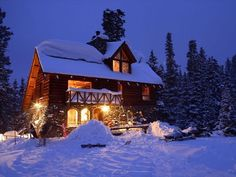 10 Cozy Cabins To Escape To This Winter