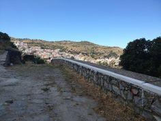 Περπατώντας στη Χώρα - Τζια, Κυκλάδες Ioulida - Kea/Tzia, Greece #kea #seaview #greece #cyclades #aegean #tzia #sea #breathtaking #greekislands #chora #ioulida #nature #Greece