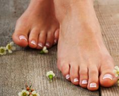 Best homemade foot scrub recipes to get rid of feet problems and treating them naturally. Fast Weight Loss, Weight Loss Plans, Weight Loss Program, Healthy Weight Loss, Weight Loss Tips, Need To Lose Weight, Reduce Weight, Losing Weight, Nautical Star Tattoos