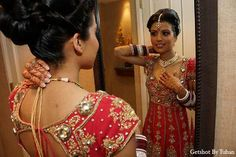 Image from http://www.maharaniweddings.com/wp-content/gallery/getshot-by-tuhan-9-18-13/indian-wedding-bridal-fashion-jewelry.jpg.